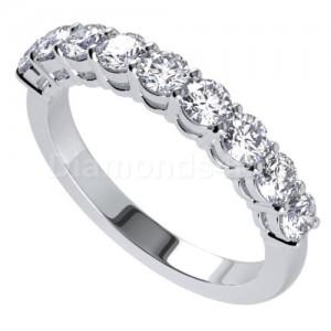 """טבעת""""מיכל"""" בזהב לבן ויהלומים"""