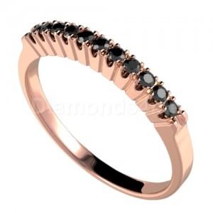 """טבעת""""דרלין"""" זהב אדום ויהלומים שחורים"""