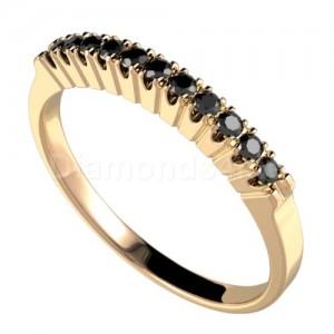 """טבעת""""דרלין"""" זהב צהוב ויהלומים שחורים"""