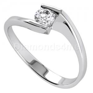 טבעת  אירוסין אמיליאן בזהב לבן