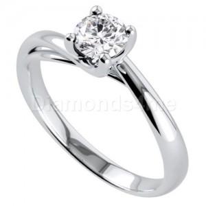 טבעת אירוסין פרלין בזהב לבן