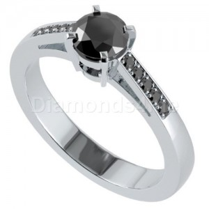 """טבעת """"בלינה"""" יהלומים שחורים"""