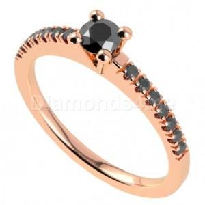 """טבעת """"אורלין"""" משובצת יהלומים"""