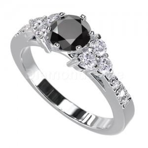 """טבעת """"לימור"""" בזהב לבן ויהלום מרכזי שחור"""