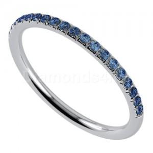 """טבעת""""רומנטיק"""" בזהב לבן וספיר כחול"""