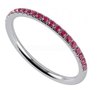 """טבעת""""רומנטיק"""" בזהב לבן ורובי"""