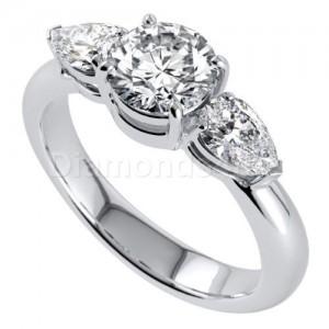 """טבעת דגם  """"ברנה"""" יהלומים בזהב לבן"""